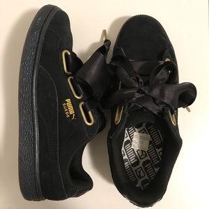 PUMA Women's Basket Heart Patent Sneaker